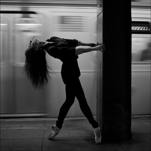 subway dancer.jpg